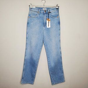 Wrangler Heritage Fit High Rise Jeans